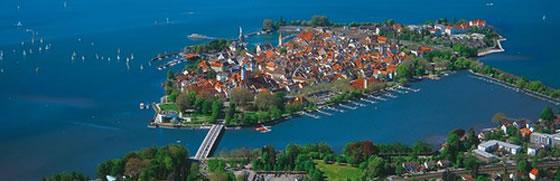 http://suiza.viajandopor.com/archivos/imagenes-nuevas/costanza-lake.jpg
